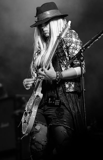 Papi Photography - Orianthi Panagaris